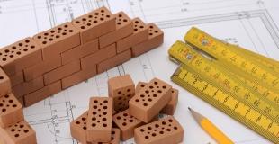 Les assurances obligatoires et facultatives pour les professionnels du bâtiment